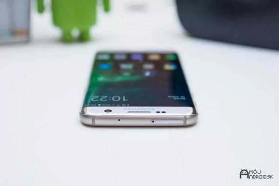 Samsung_Galaxy_S7_edge-12