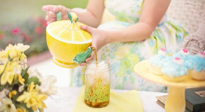 Odpoveď na otázku ako spáliť tuk na bruchu môže by ť práve zelený čaj.