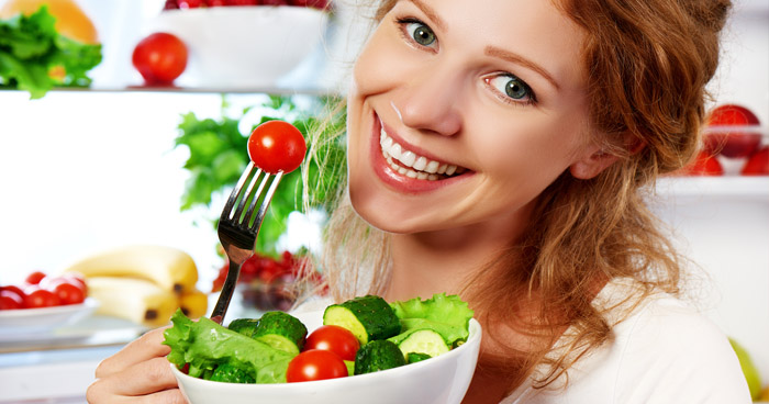 Medzi najčastejšie chyby pri chudnutí patrí rozhodne nesprávne stravovania a držanie diéty.