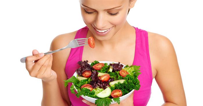 ČLánok o Atkinsonovej diéte, ktorý prináša aj vzorový jedálniček na chudnutie.