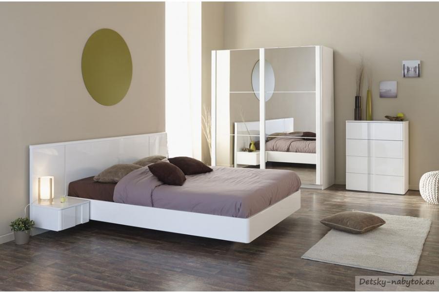 Komoda - neoceniteľný kus nábytku nielen do spálne