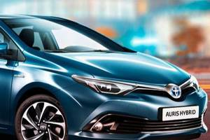 Hybrydowa Toyota Auris bestsellerem