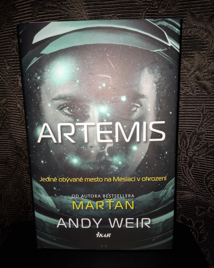 Andy Weir – Artemis