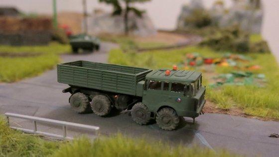 Tatra 813 stepnicka 037-001