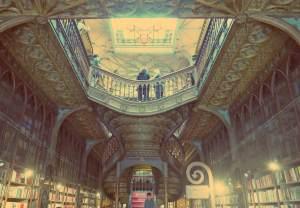 Porto individuell. Die Buchhandlung Lello e Irmao in Porto, Portugal