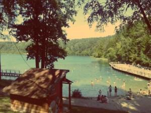 Vilnius im Sommer. Die Grünen Seen in Vilnius laden im Sommer zum Baden ein