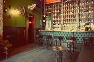 Katendrecht in Rotterdamm entdecken. Cafe de Ouwehoer