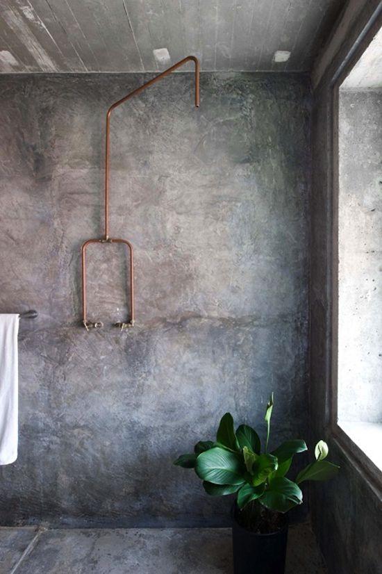 kupaonica-uređena-u-industrijskom-stilu-12