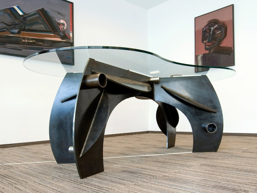 fireart - spoj umjetničkog i industrijskog pristupa dizajnu stolova
