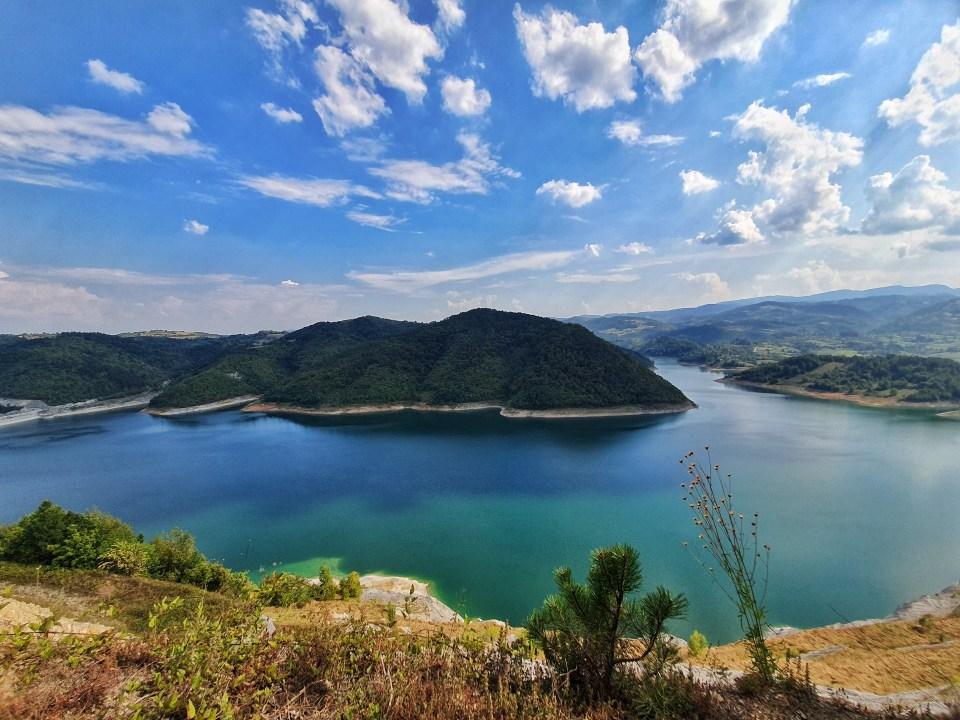 Jezero Rovni