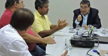 Desenvolvimento estratégico em Moju é tema de reunião entre Prefeito IE IÉ, Secretário de Estado Adnan Demachki e secretários municipais