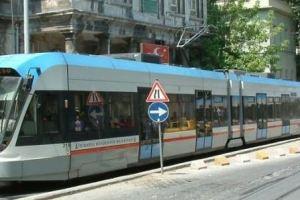 مسار الترامواي في إسطنبول.. المترو و الترام
