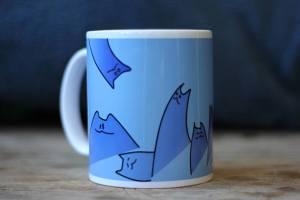 artemie sawugo mokkerij kitties blue original art beker