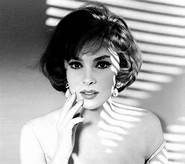 GINA LOLLOBRIGIDA Bersagliera for ever