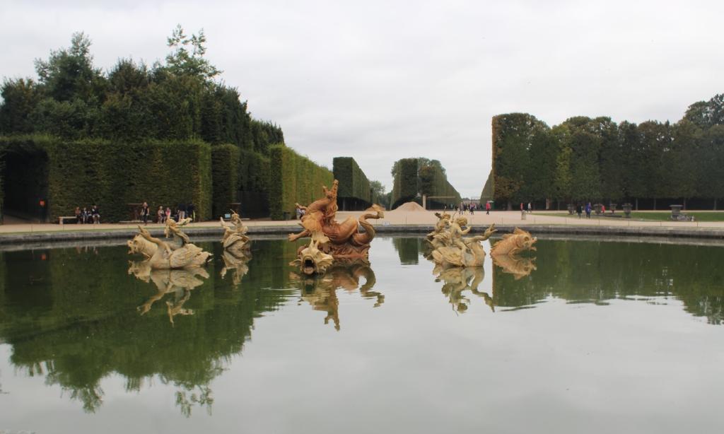 Versailles Garden Horse Fountain