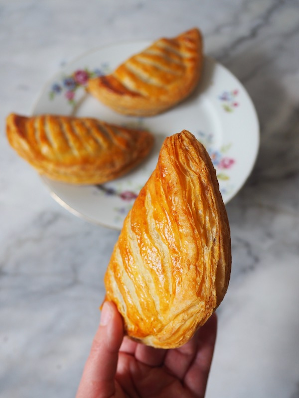 Chaussons aux Pommes | MollyJWilk