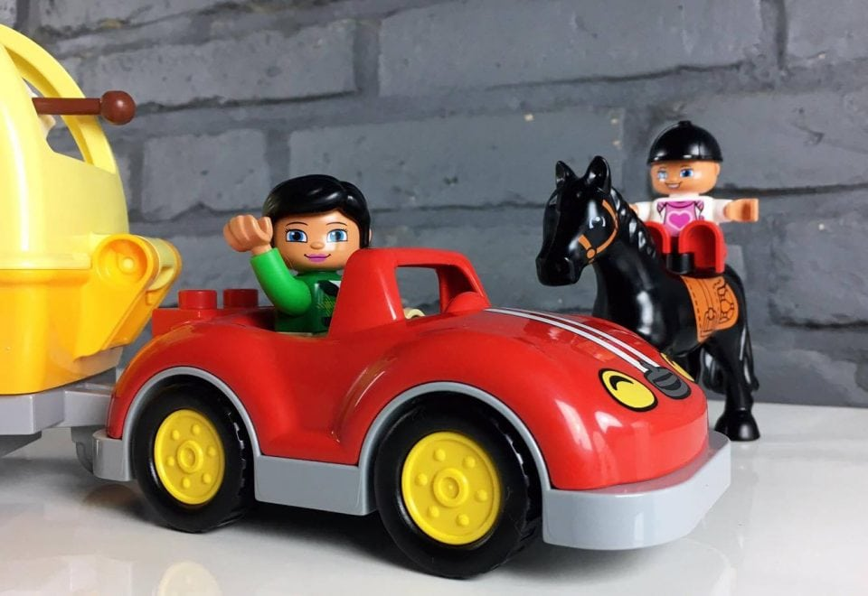 lego duplo paardentrailer review momambition