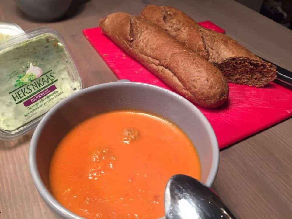 tomatensoep vers koken