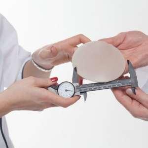 Mama over Plastische Chirurgie : Mag het een borstje meer en een frissere blik zijn?