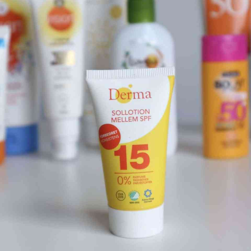 Draag je zonnebrandcrème onder of over je dagcrème? Derma SPF15 review momambition.nl