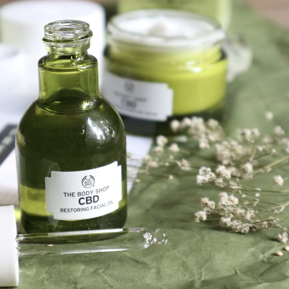 The Body Shop CBD Restoring Facial Oil review
