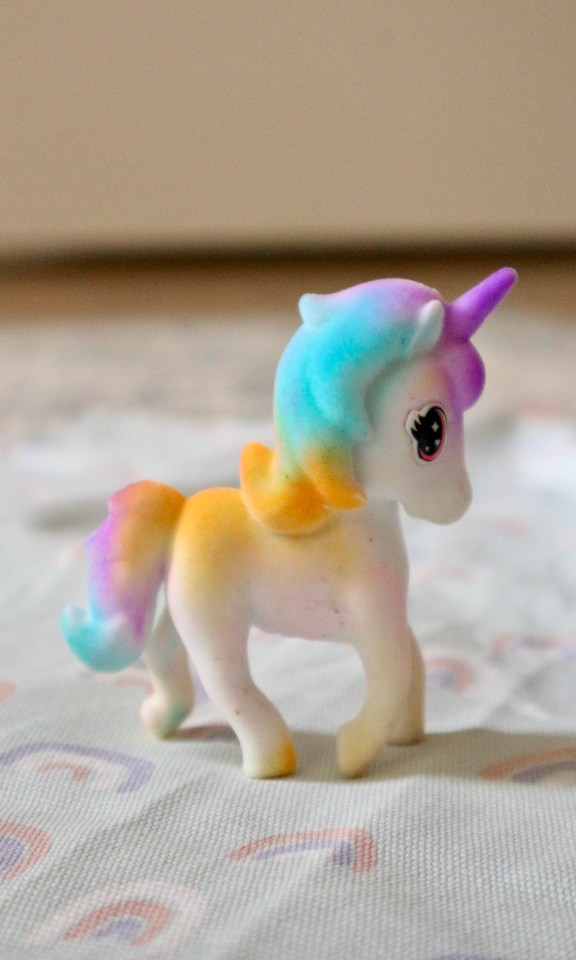 Unicorn Una washimals