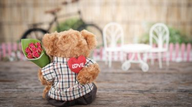 Valentine's Day Gifts from Dads and Kids teddy bear with heart MomCave