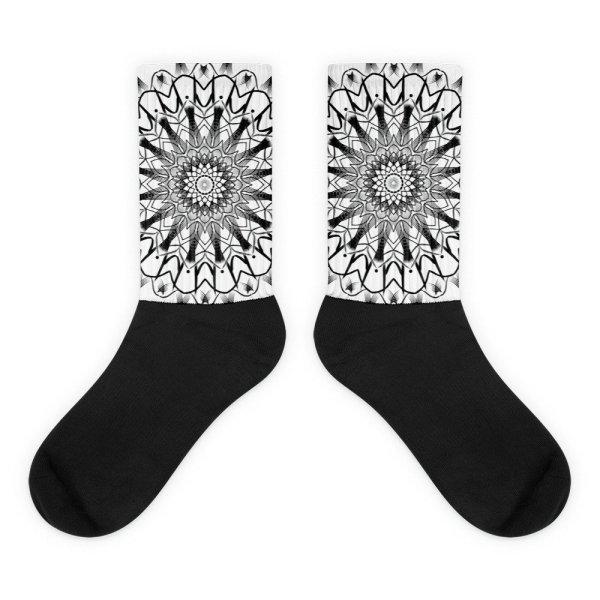 pattern mandala 01 -Socks-black-and-white