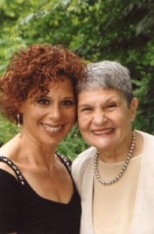 Lois Schaffer with her daughter, Susie.