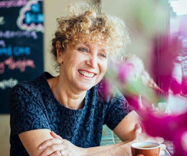 Author Leah Kaminsky