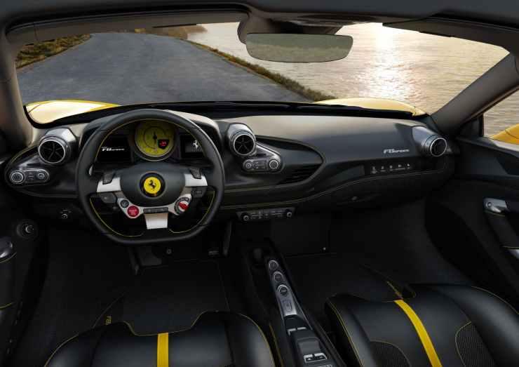 Ferrari F8 Spider | Ferrari.com