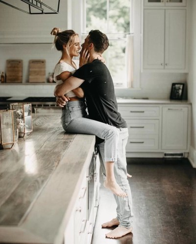 10 obvious signs he's falling in love with you