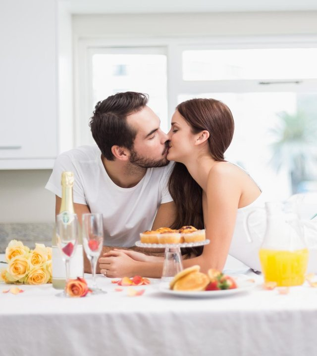 How To Impress Your Husband: 12 Tricks To Attract Him All Again