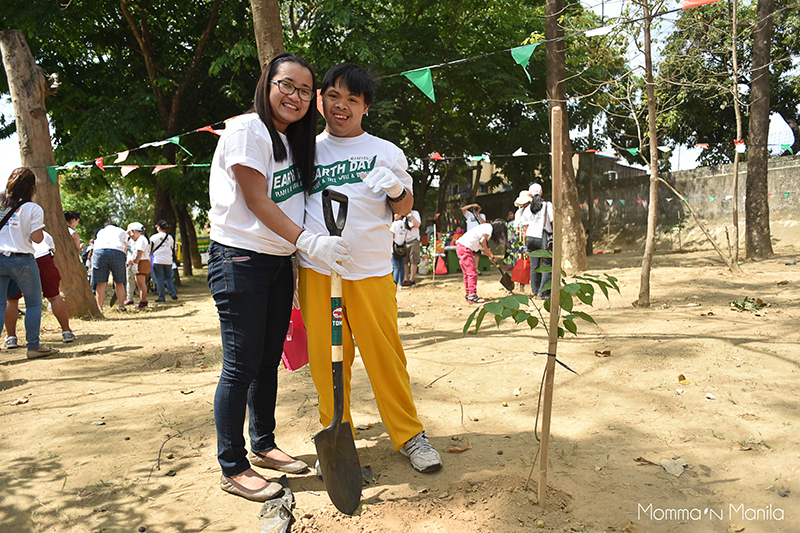 Best Buddies - Earth Day - April 23 2016 - Lianne-385copy
