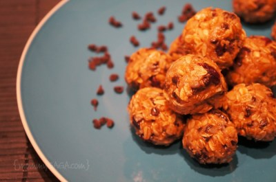 Energy Balls with almond butter, oats, coconut, chocolate chips