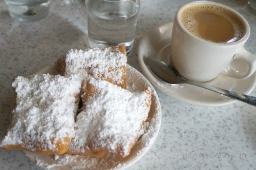beignets and coffee, Cafe Du Monde, New Orleans