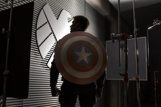 Captain America Shield, Chris Evans