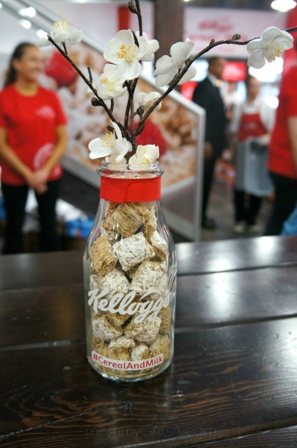 Kellogg's cereal centerpiece