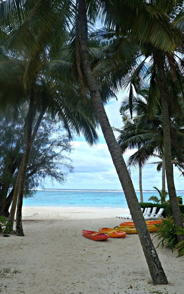 Palm Grove Resort, Rarotonga, Cook Islands, kayaks at the beach