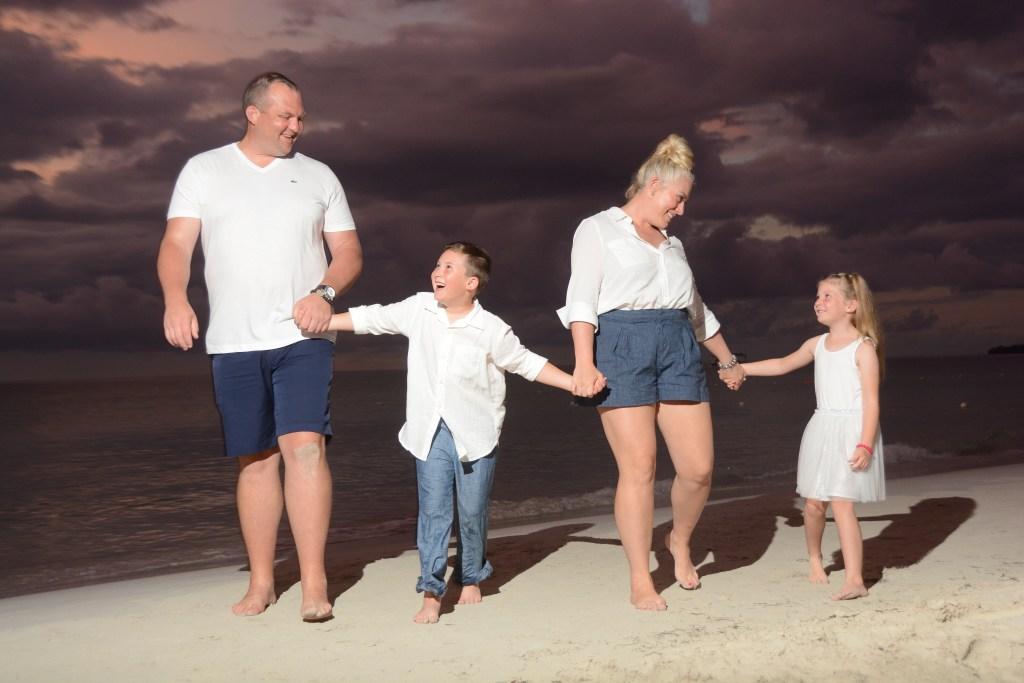 family photo shoot beaches resorts