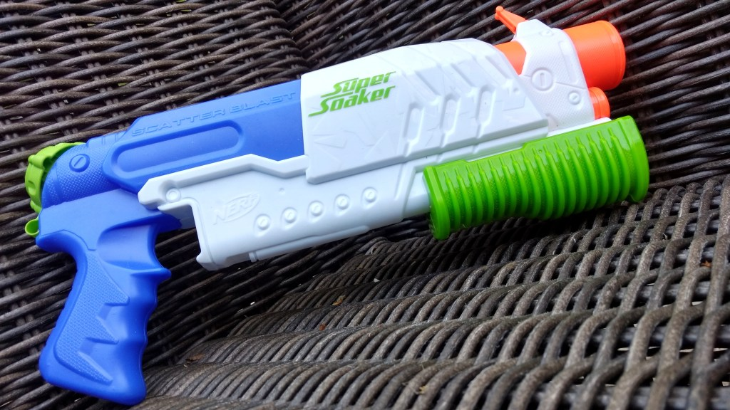 Super Soaker Scatter Blast water gun