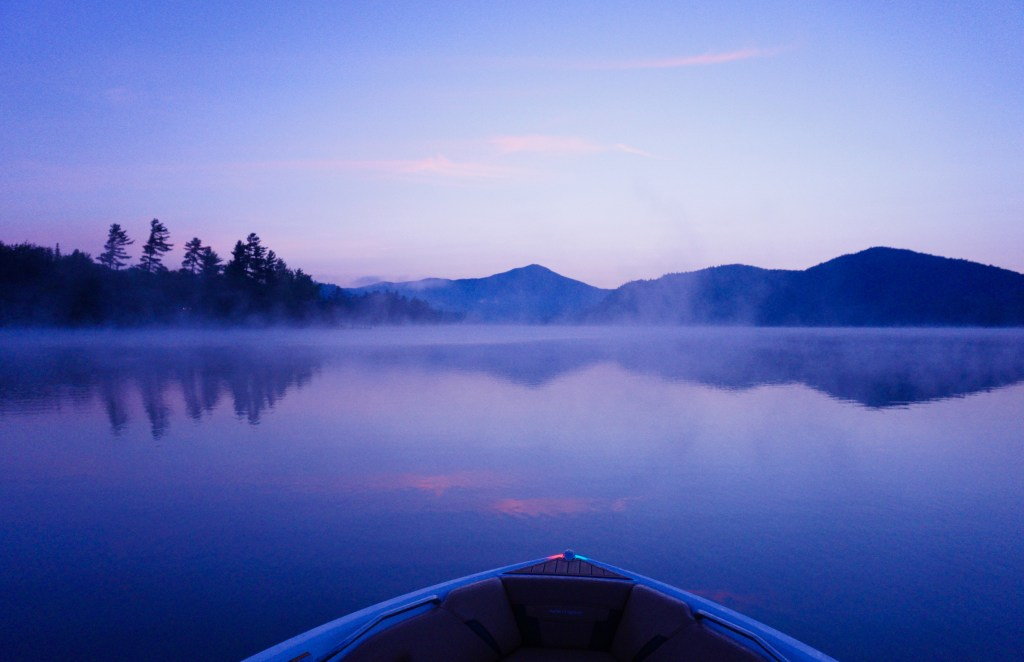 Sunrise boat tour Lake Placid