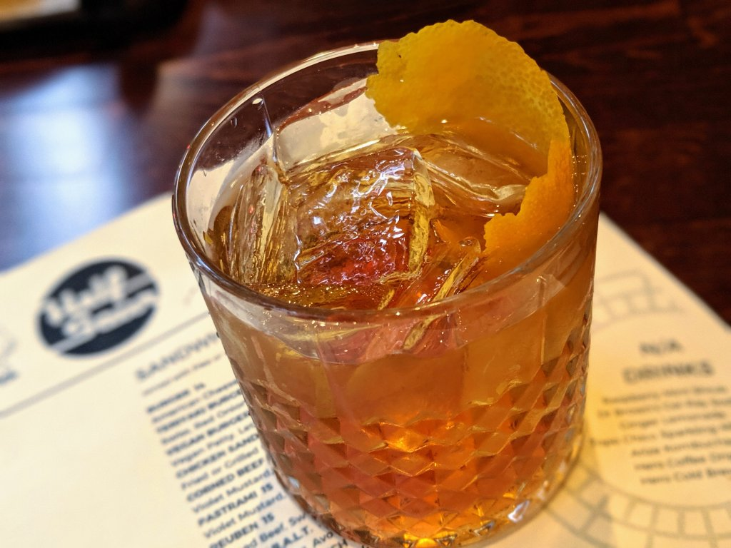 family restaurants in chicago with great cocktails