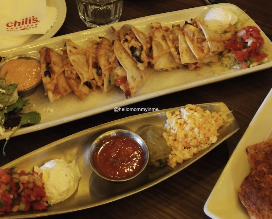 Its a Foodies Trail, right at the Pacific Mall , Delhi. With some amazing Food joints, this Pacific Mall is the biggest and best mall for shopping and to grab amazing bites. Read more to discover Food Outlets as Jamies Oliver Kitchen, Chilli's Bar and Grill, Castle Barbeque, Cafe Delhi Heights, Punjab grill, Biryani Blues. The cookout sessions were with the #masterchef Kunal Vijayakar. #Kunalvijayakar #foodlovers #Delhifood #SOdelhi #bestfood