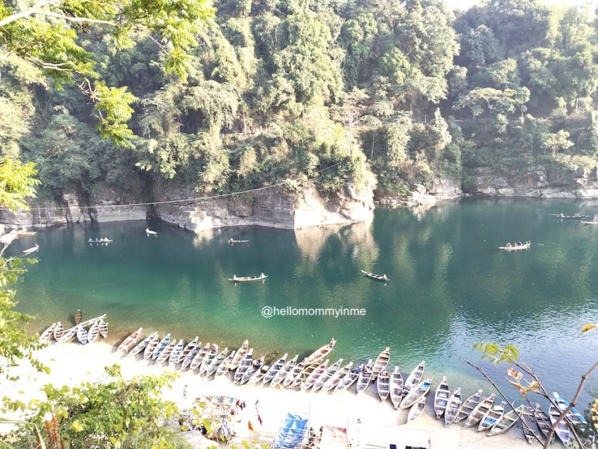 Meghalaya, the North east indian state needs to be added in your bucket list. It is one of the best place for nature lovers, explorers and even for families. Read to know more. #travelIndia #Incredibleinda #explorer #naturelovers #Meghalaya #lakesofIndia #shillong #dawki #rootbridge #livingrootbridges