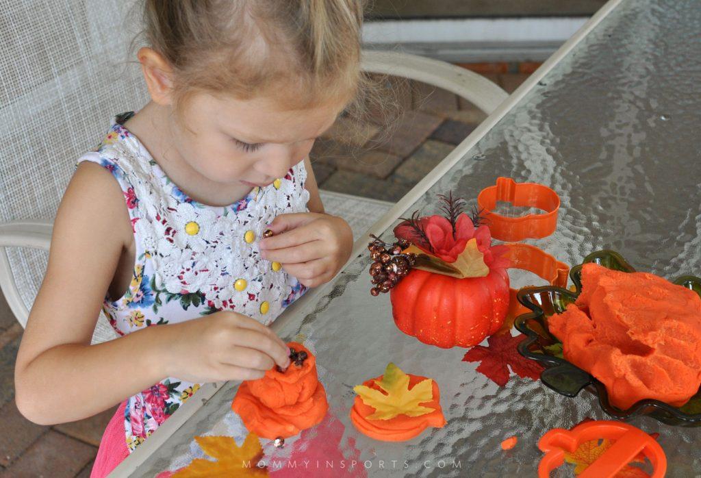Pumpkin Playdough Em