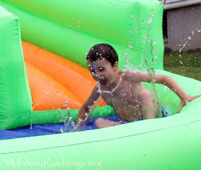 Crocodile-Isle-Inflatable-Water-Slide