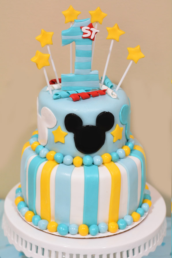How To Make A Mickey Mouse Cake With Fondant Mommy S Fabulous Finds