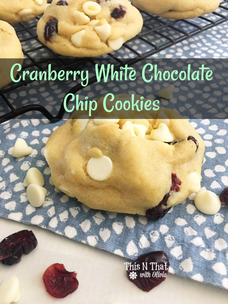Cranberry White Chocolate Chip Cookie Recipe #ChristmasCookies #ChristmasSweets