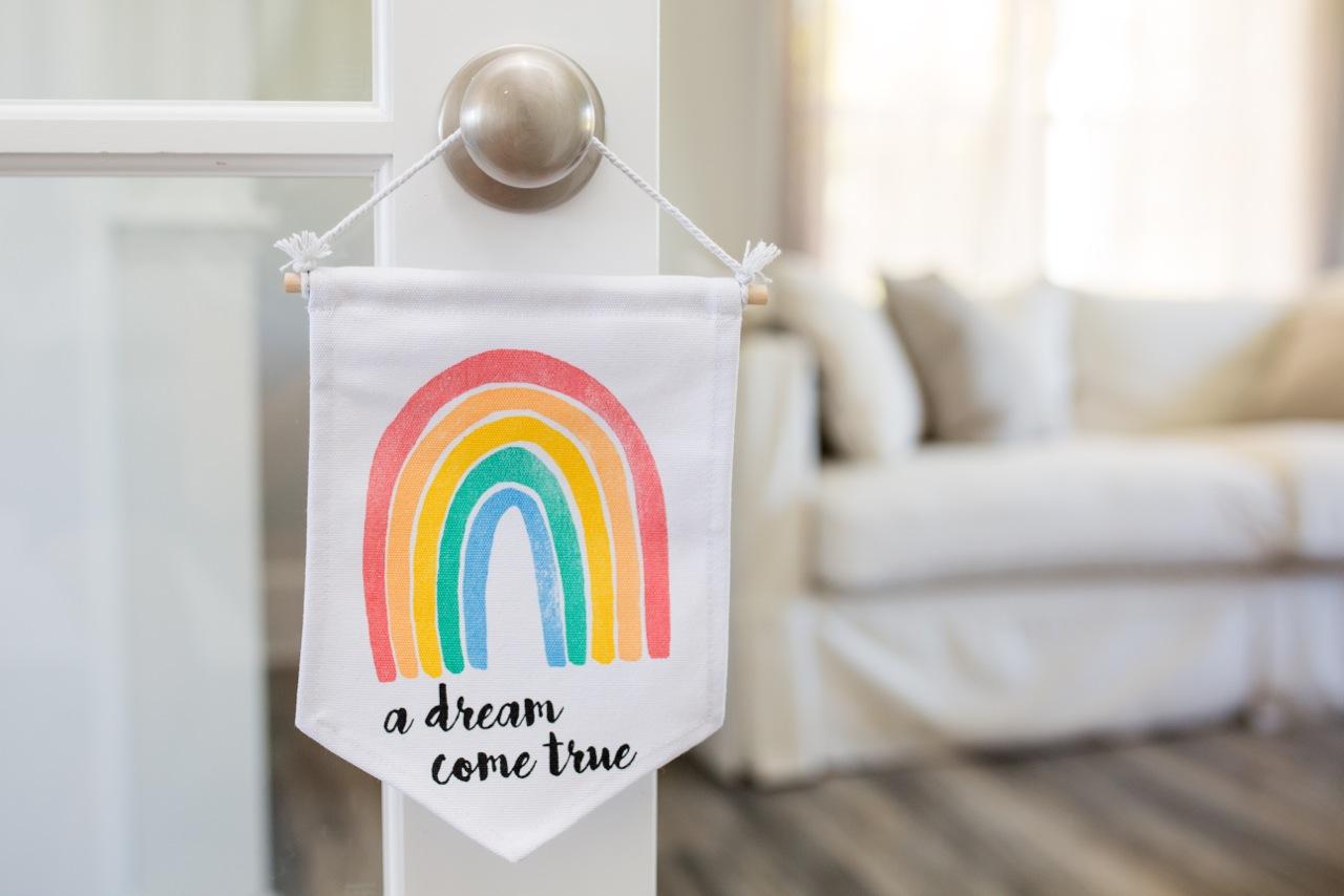 Lulujo Dream Banner and Door Hanger! #BabyGifts #Baby #Nursery
